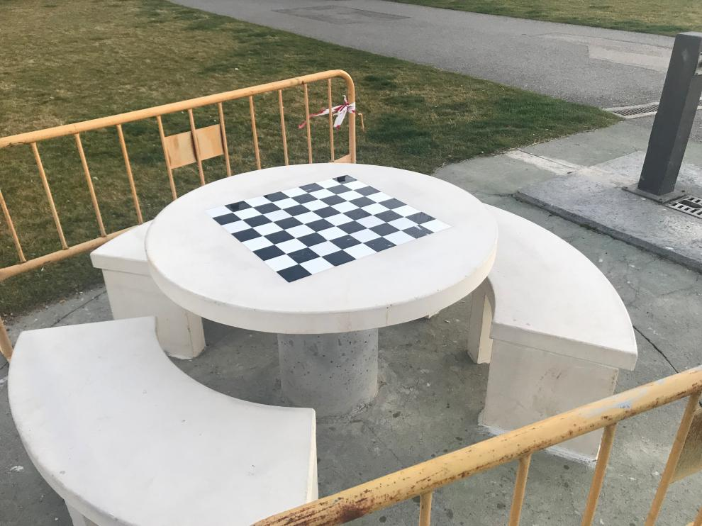 mesa ajedrez-exterior